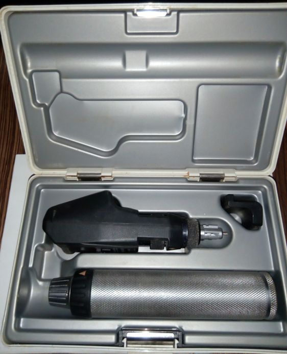 Heine BETA 200 retinoscope